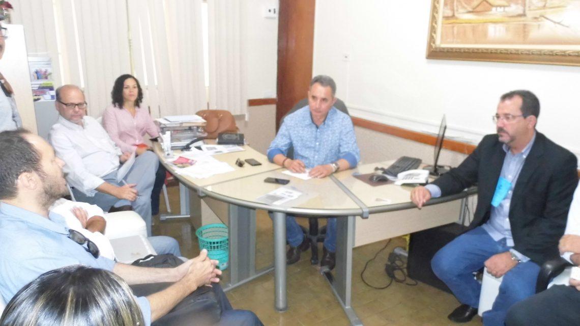 MACAÚBAS – Secretário Estadual prestigiou Plenária do Comitê de Bacias que aprovou Plano de Enquadramento dos Corpos D'água