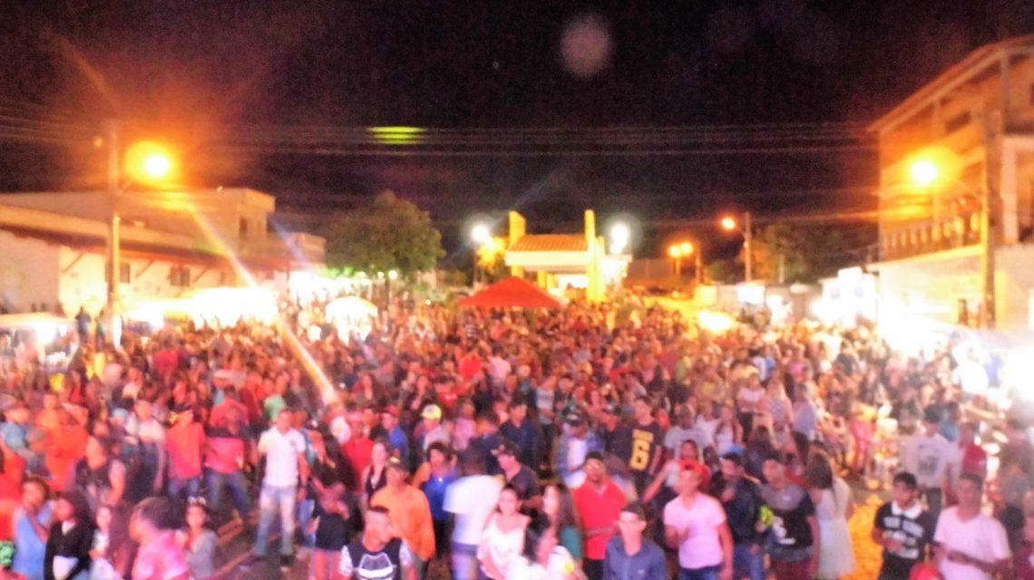 GRANDE FESTA! Multidão acompanhou INAUGURAÇÃO de PRAÇA em ÉRICO CARDOSO