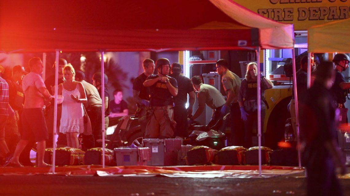 Maior ataque a tiros da história dos EUA mata 50 e deixa mais de 400 feridos em Las Vegas